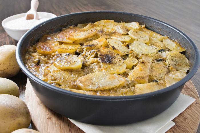 tiella-riso-patate-cozze-puglia-salento
