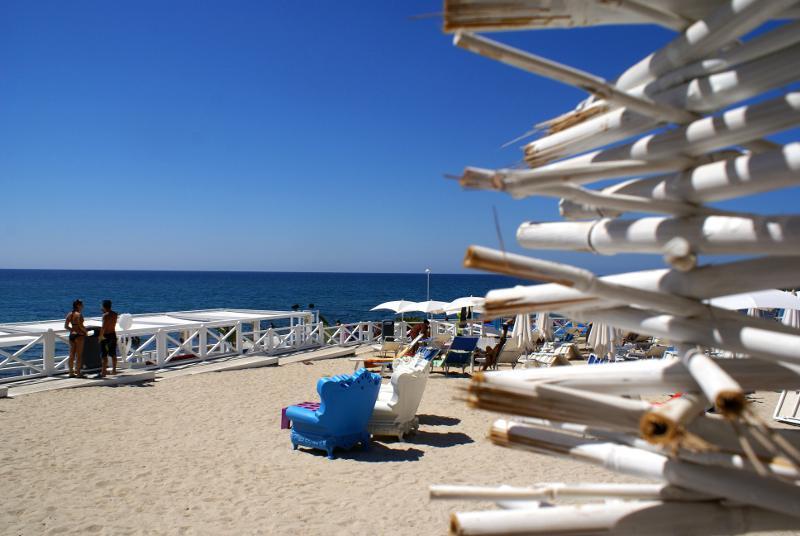 torre_san_giovanni_isola_pazzi_spiaggia