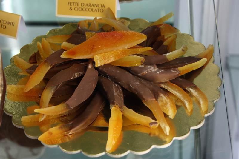 Bar piccadilly a santa maria al bagno the puglia immobiliare - Bagno di cioccolato ...