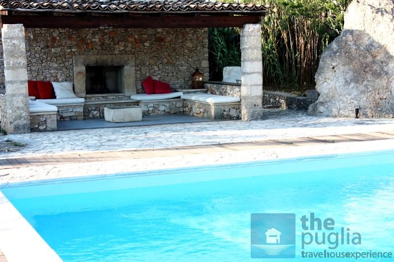 Bellissima villa con piscina e pineta in affitto in - Ville in affitto al mare con piscina ...