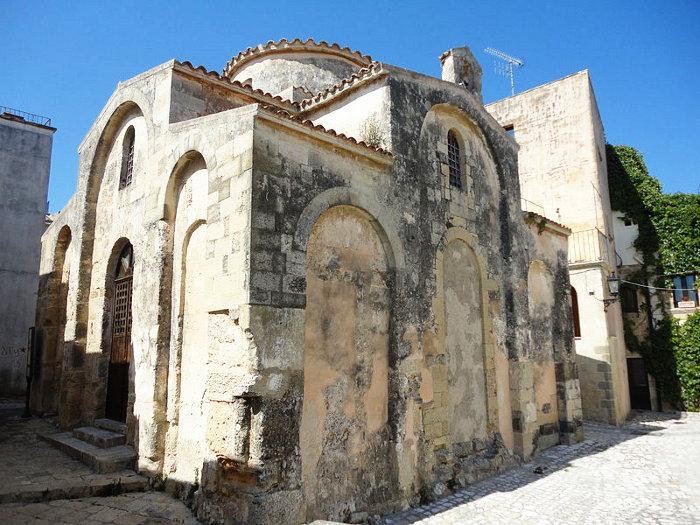 chiesa-san-pietro-otranto