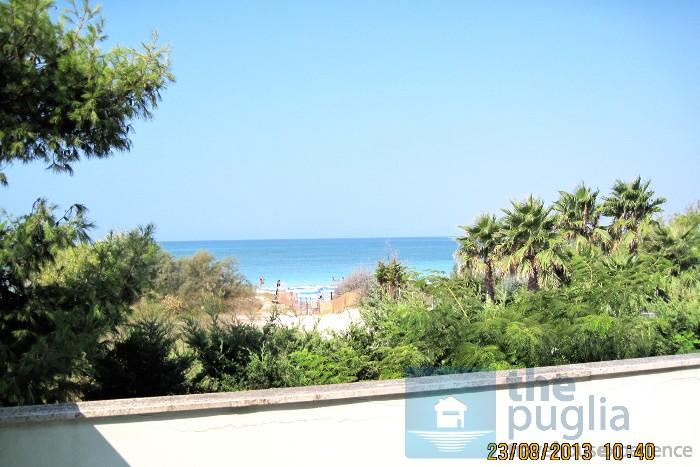 villa-vista-mare-sulla-spiaggia-salento