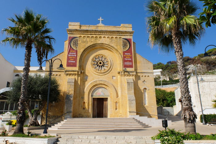 santa-cesarea-terme-chiesa