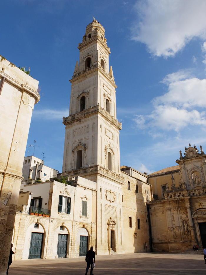 campanile-piazza-duomo-lecce