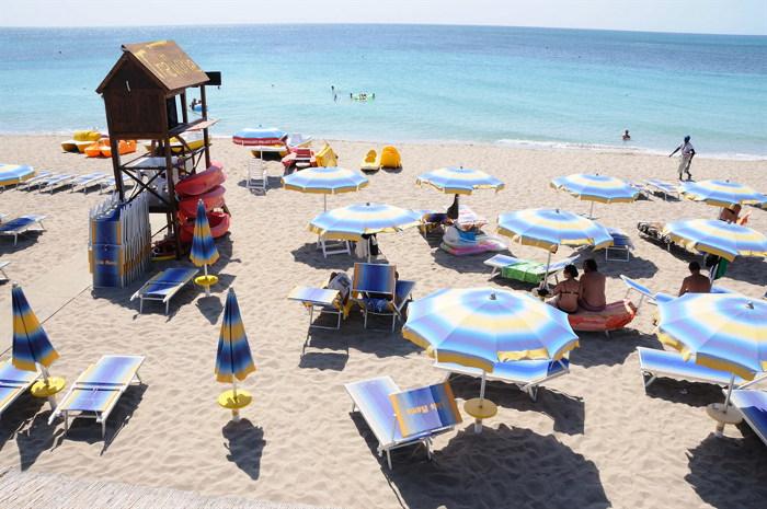 spiaggia-torre-mozza-lido-attrezzato