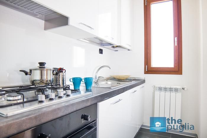 monolocale-salento-affitto-cucina