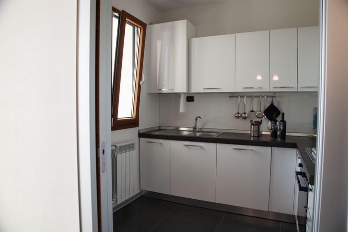 appartamenti-vacanze-cucina-moderna