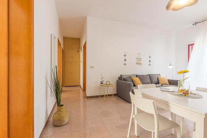 3 appartamenti in affitto a torre lapillo per gruppi for Belle case arredate