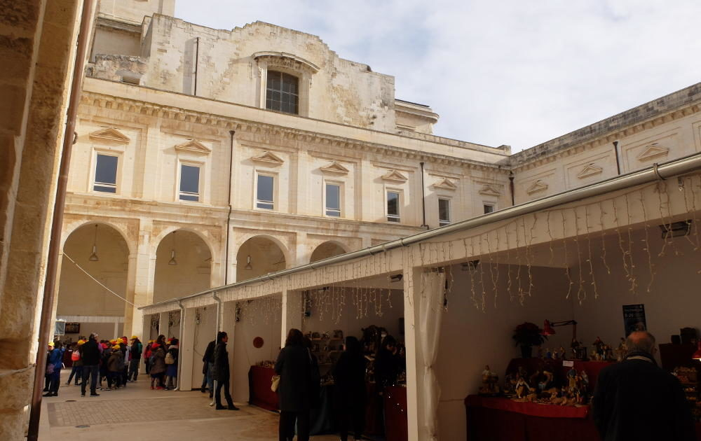 Mercatini Di Natale Lecce.Mercatini Di Natale A Lecce La Fiera Di Santa Lucia The